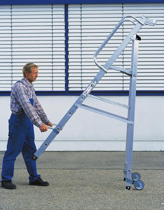 Stehleiter mit Plattform fahrbar - Ausführung mit 6 Stufen