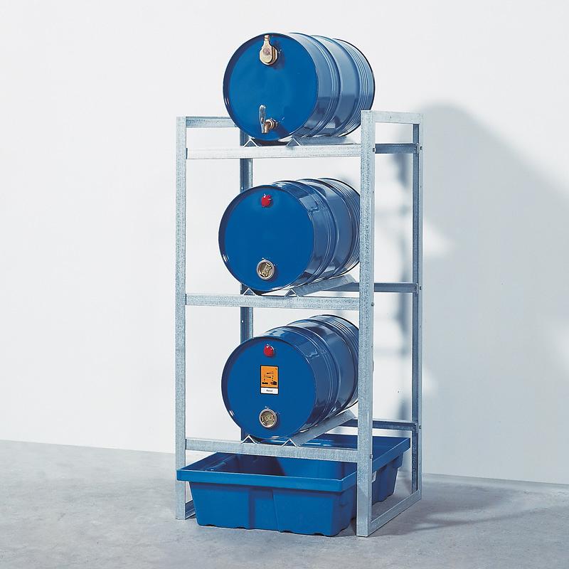 Gefahrstoffregal zur Lagerung von 3 Fässern à 60 Liter mit Kunststoff-Auffangwanne